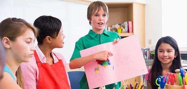 top fashion 8cc01 959a7 El éxito de aprender dos idiomas para los niños niños en clase